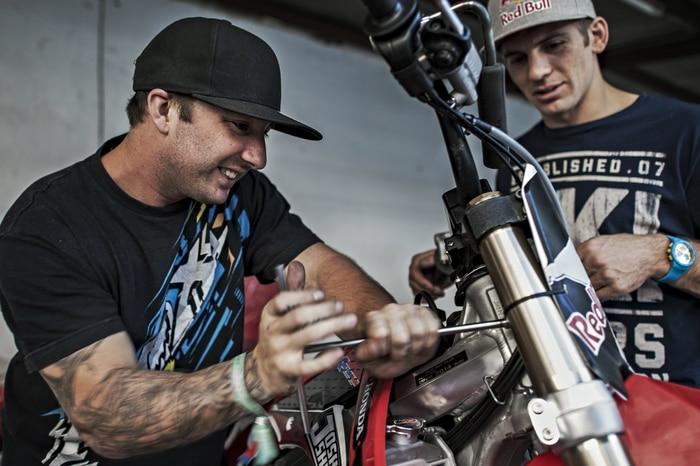 Mechanic working on Josh´s Honda