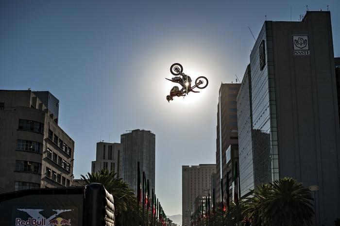Erick Ruiz - Teaser Jump