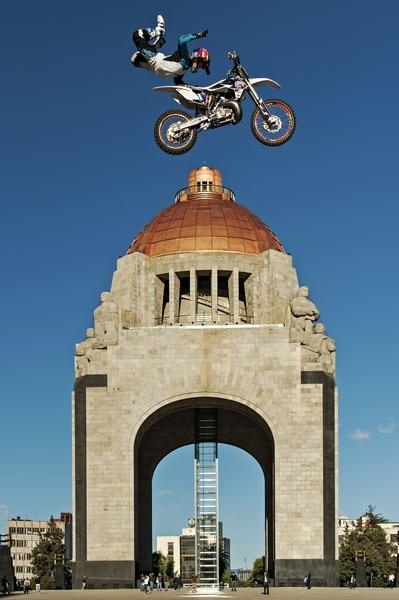 Erick Ruiz - Rock Solid - Teaser Jump