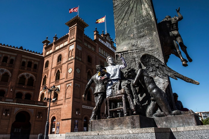 The latest update to the statue in front of Las Ventas