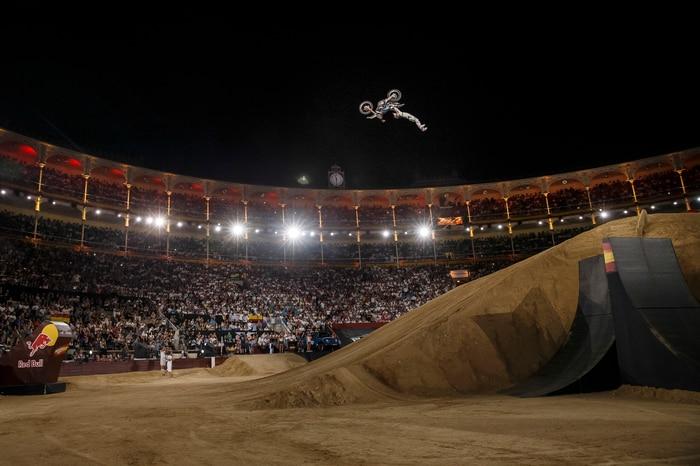 Dany Torres - Double Grab Flip