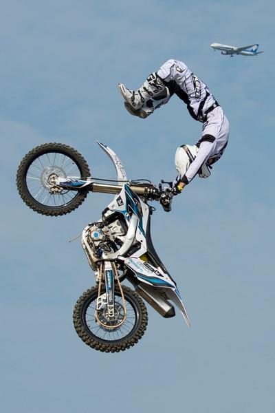 Remi Bizouard - Scorpion